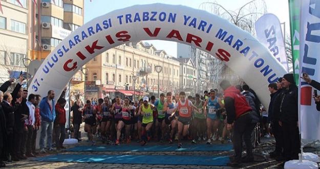 37'İNCİ TRABZON ULUSLARARASI YARI MARATONU KOŞULDU