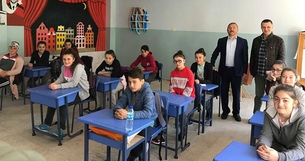 VAKFIKEBİR'DE LGS SINAVI İLE İLGİLİ SEMİNER VERİLDİ