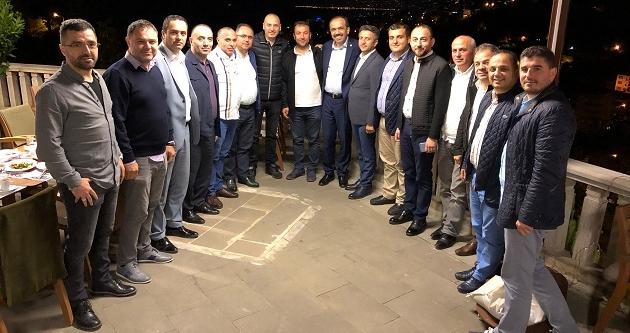 VEKİL BALTA TVİT ÜYELERİ İLE BİRARAYA GELDİ
