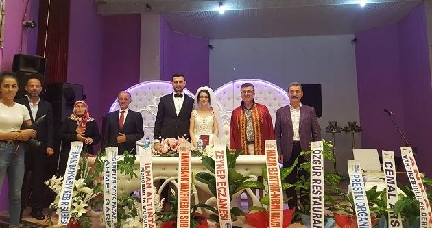 BUKET İLE UĞUR BİR ÖMÜR BERABERLİĞE 'EVET' DEDİLER