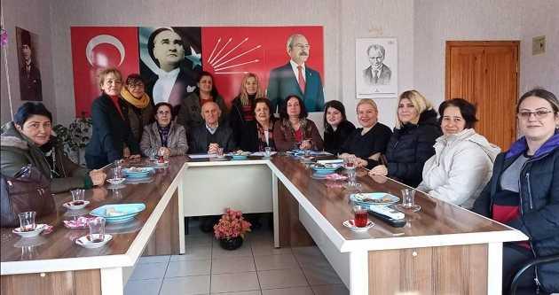 "CHP KADIN KOLLARINDA 'YILMAZ"" DÖNEMİ BAŞLADI"