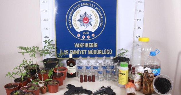 VAKFIKEBİR'DE KAÇAK ALKOL ÜRETİMİNE BASKIN